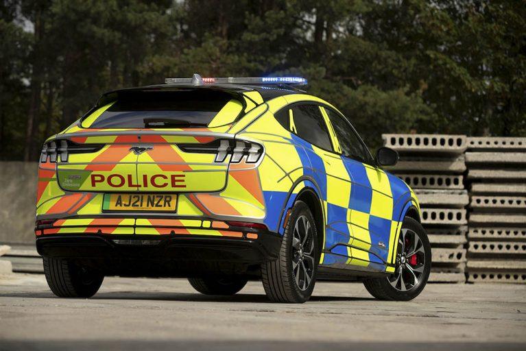 خودروی-برقی-پلیس-2