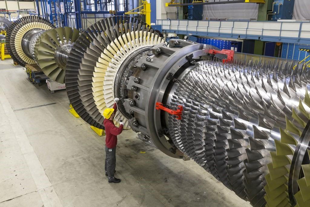 (لوله فولادی به عنوان مهمترین تجهیز مورد نیاز در صنعت نفت و گاز)