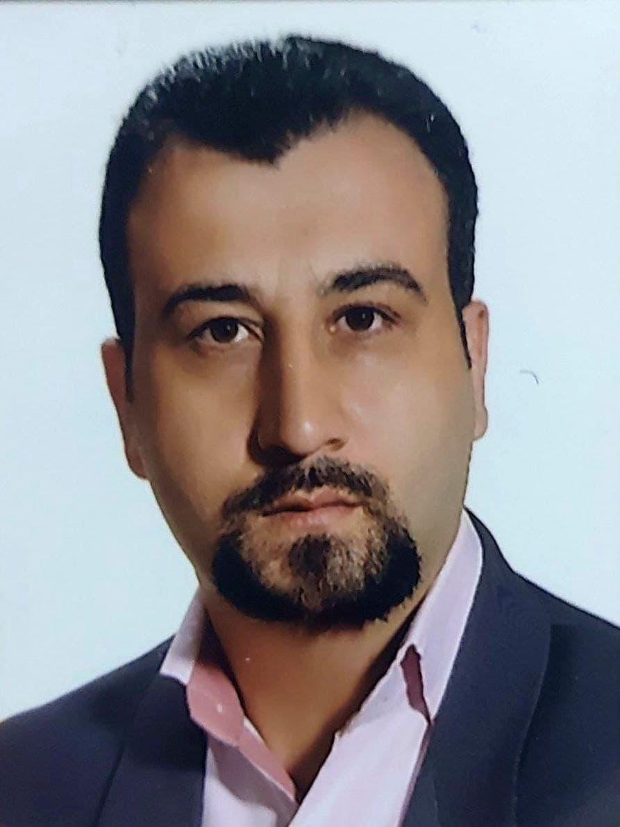 اکبر-حسینی-بانک