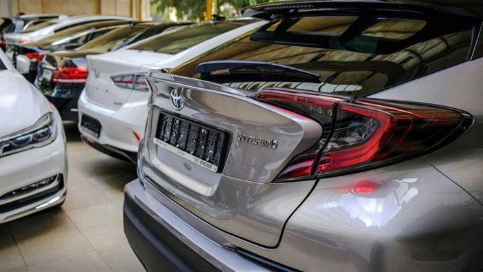 احتمال جدید درباره واردات خودرو در ۱۴۰۰