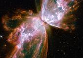 درون سیاهچالهها چه خبر است
