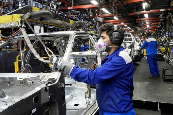 هدف گذاری وزارت صمت برای تولید خودرو در ۱۴۰۰