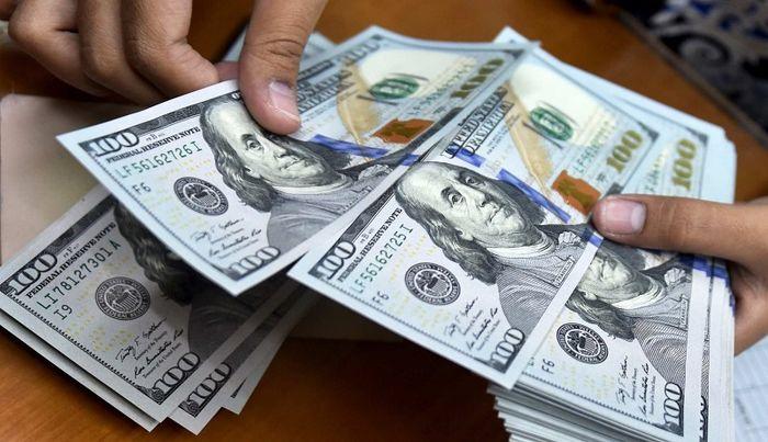 سقوط قیمت دلار به پایینترین سطح دو ساله