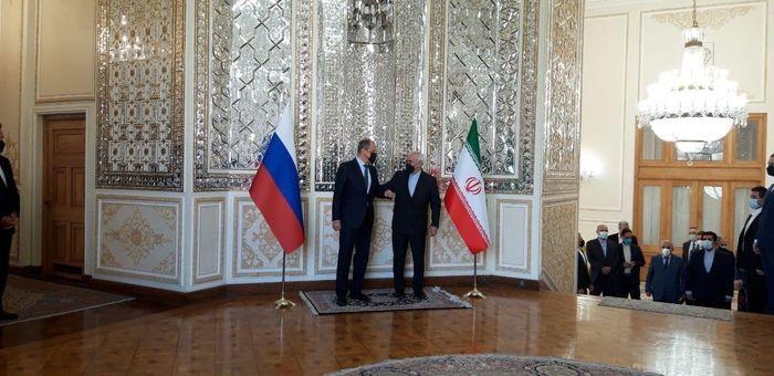 وزیر خارجه روسیه با ظریف دیدار کرد + عکس