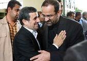 داوری: احمدی نژاد خودش را «ولی خدا» می داند