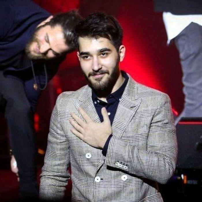 علی یاسینی خواننده جوان ایرانی مهاجرت کرد   بیوگرافی علی یاسینی