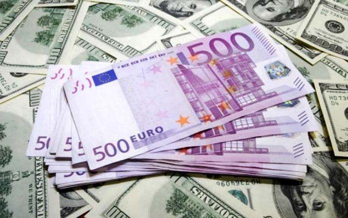 ماجرای پیش فروش یورو در بازار
