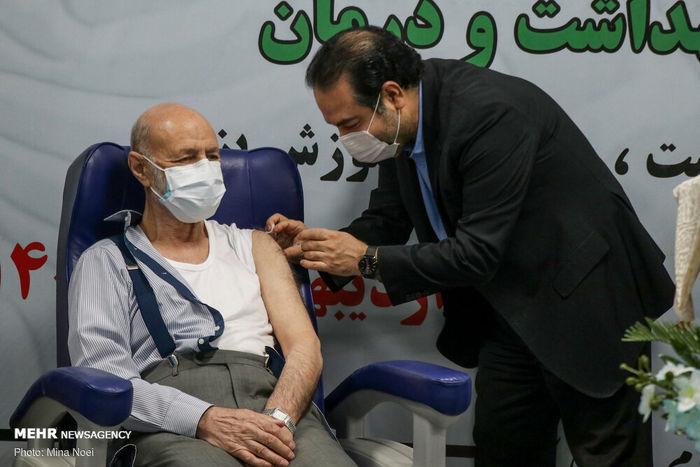 تصاویر/ سالمندان بالای ۸۰ سال واکسینه میشوند