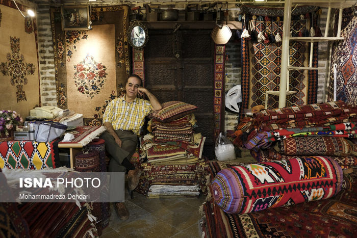 تصاویر/ کرونا جان بازار صنایع دستی را گرفت