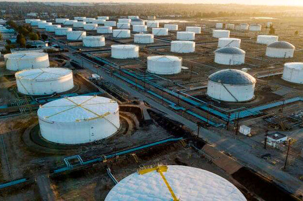 قیمت نفت در معاملات امروز ارزان شد