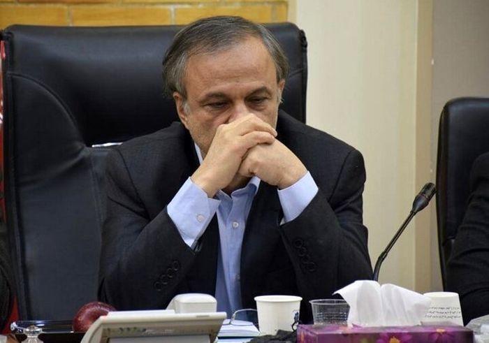 وزارت صمت با رانت و امضاهای طلایی مقابله می کند