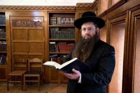 یک اسراییلی  اولین خاخام یهودیها در عربستان +عکس