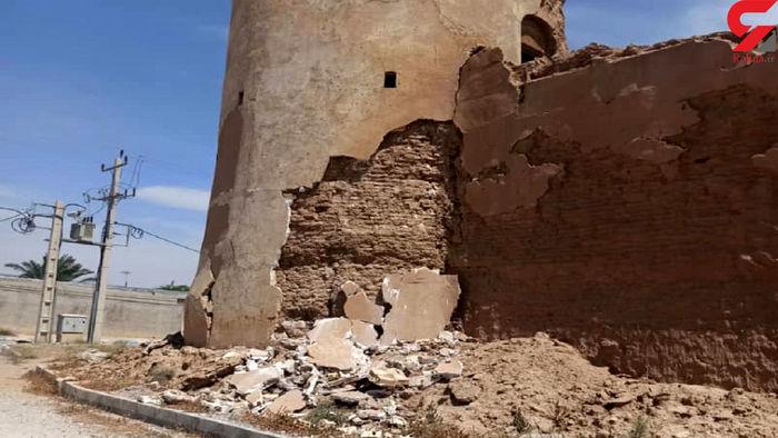 تخریب دو اثر تاریخی مهم گناوه و دیلم با زلزله