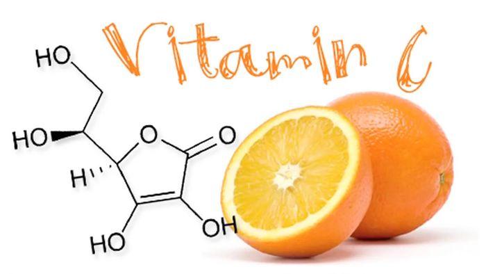 خوراکیهای غنی از ویتامین C برای روزهای کرونایی