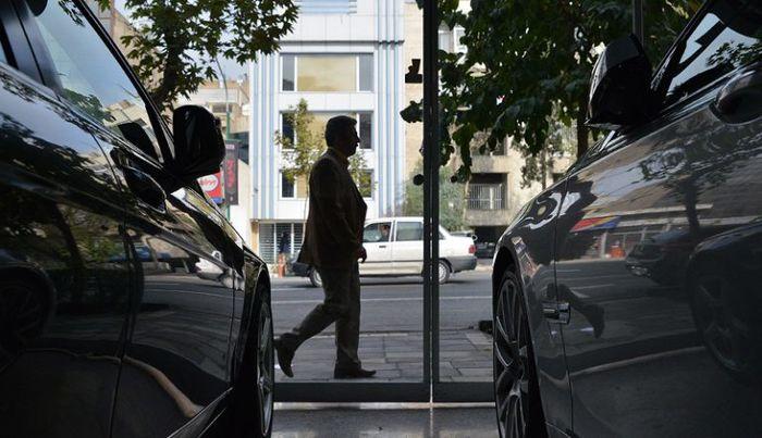 راهکار توقف قیمت ها در بازار مسکن و خودرو