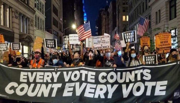 شروع اعتراضات در آمریکا