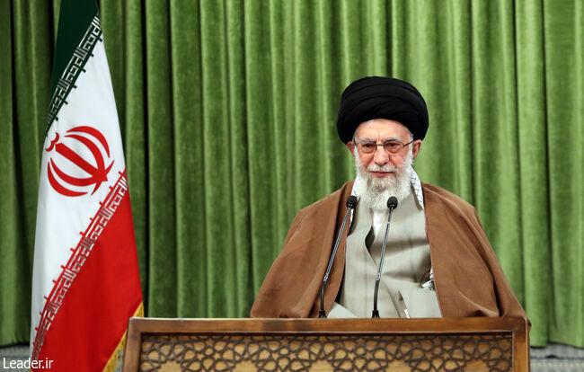 آغاز سخنرانی رهبر انقلاب در سالروز ارتحال امام خمینی(ره)