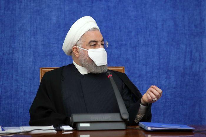 ماسک عجیب روحانی در جلسه ستاد هماهنگی اقتصادی + عکس