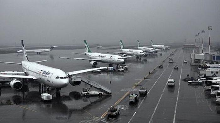 کاهش چشمگیر مسافرت های هوایی