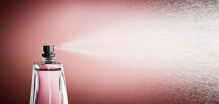 ۴ دلیل که عطرها باعث ایجاد سردرد برای شما خواهند شد