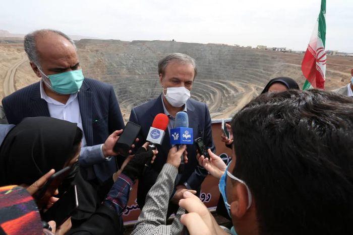 وزیر صمت: خام فروشی در فولاد وجود ندارد