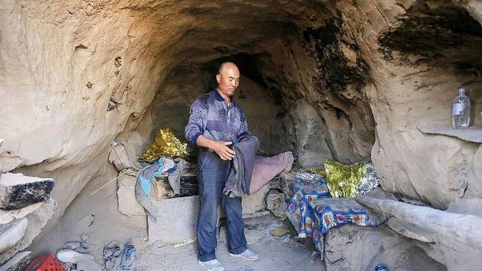 چوپان مهربان دوندگان را به غار برد!