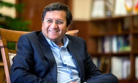 همتی: بانک ها قوانین مبارزه با پولشویی را جدی دنبال کنند