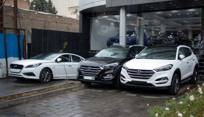 احتمال ریزش شدید قیمت خودرو در ۱۴۰۰