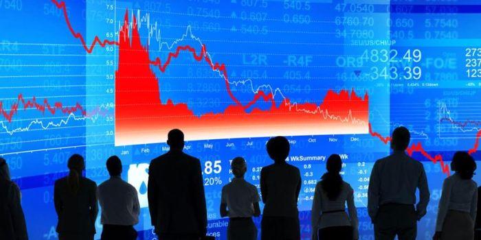بازار جهانی چرخید