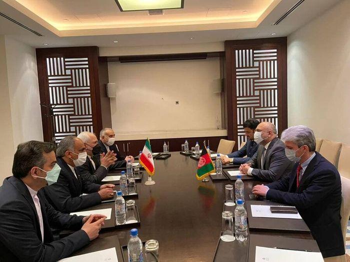 دیدار وزیر خارجه ایران  با همتای افغان خود