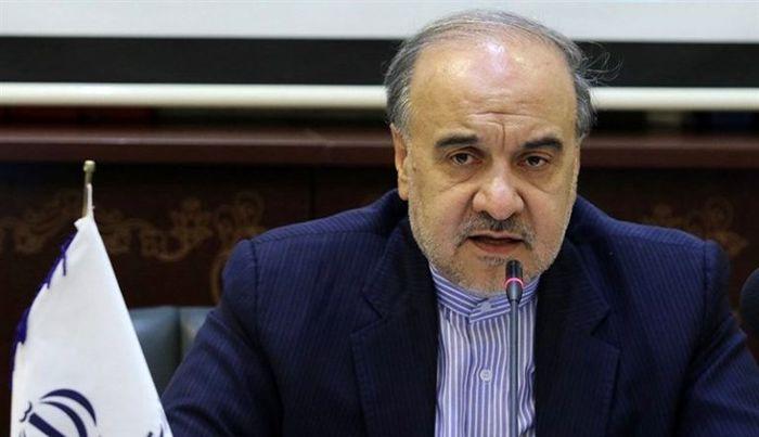 واکنش وزیر ورزش به انتقاد طولانی شدن عرضه سهام پرسپولیس و استقلال